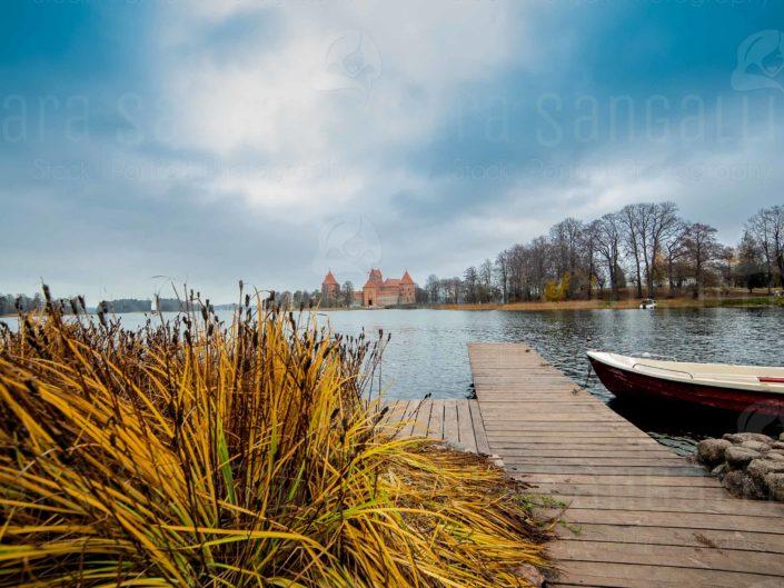Il castello di Trakai in Lituania, sul lago Galve