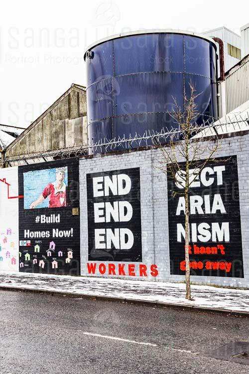 Murales di protesta nella città di Belfast, Irlanda del Nord